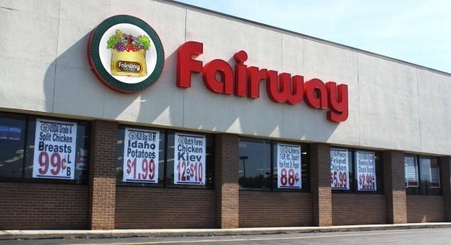 Storefront of Sauk Village Fairway Finer Foods at 1 Sauk Plaza  Sauk Village, IL 60411
